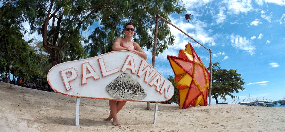 Filippine, saluti dalla spiaggia