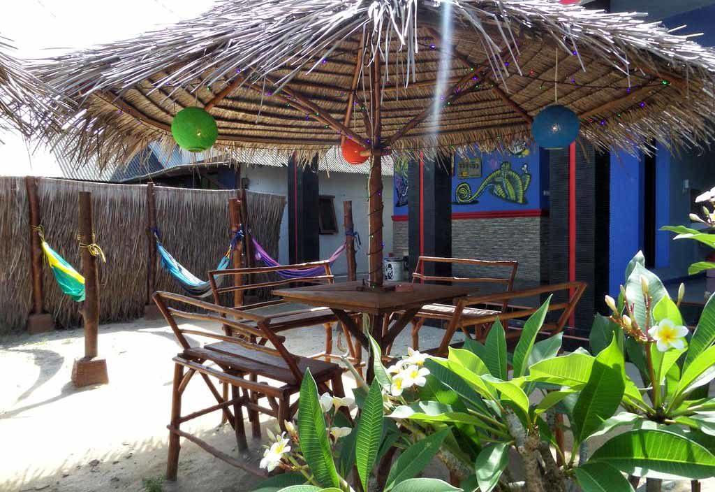 The Happinezz: giardino e ristorante