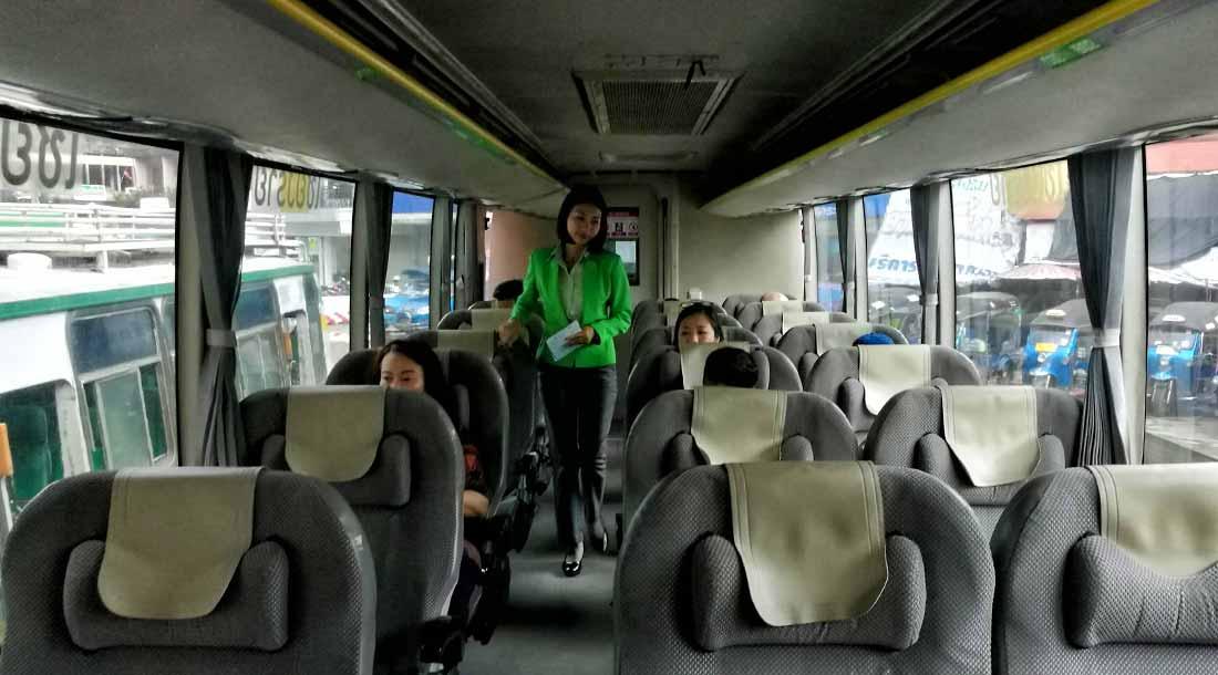 VIP bus thailandese