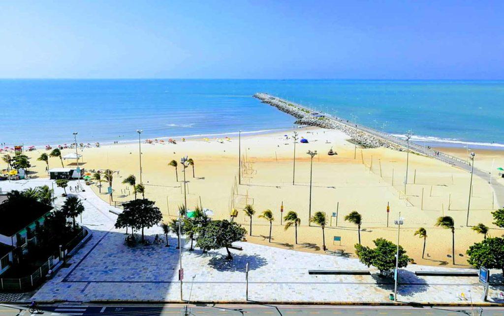Fortaleza, vista sulla spiaggia di Iracema dal mio hotel