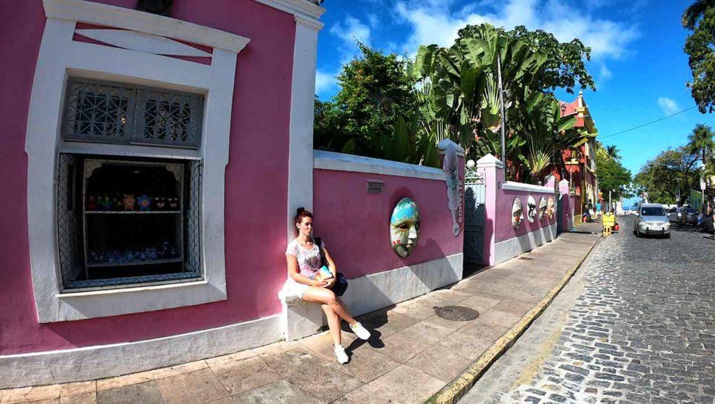 Le colorate vie del centro di Olinda
