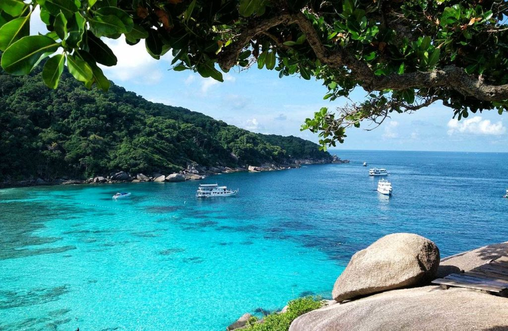 Gli incredibili colori del mare delle Similan Islands