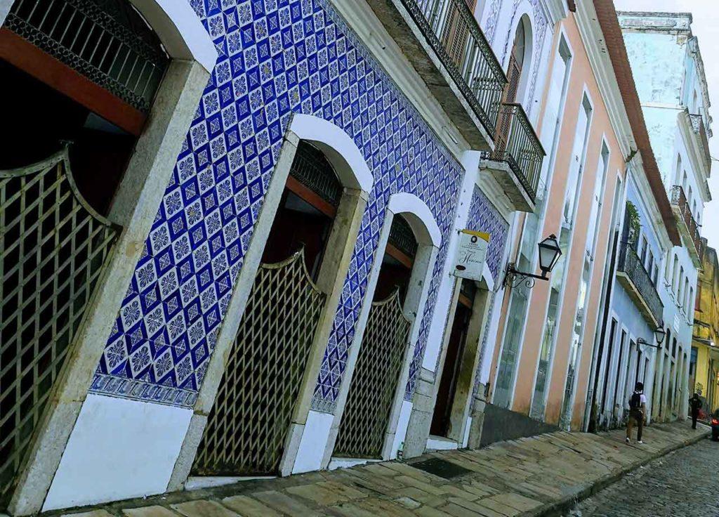Gli edifici con le piastrelle di maiolica a São Luís