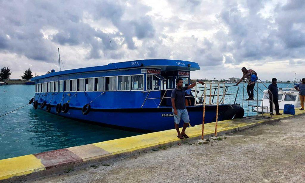 Dhoni tipica imbarcazione maldiviana