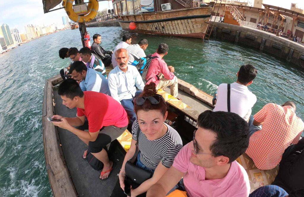 Attraversata dei canali di Dubai in barca